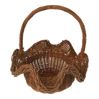 Vintage Wicker Ruffle Edge Basket With Handle For Sale
