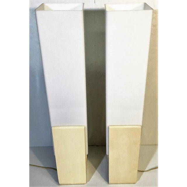Art Deco Mid-Century Acrylic Square Tube Table Lamps - A Pair For Sale - Image 3 of 6