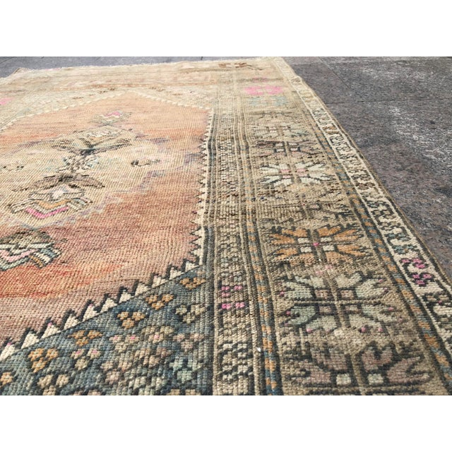 1960s Turkish Bohemian Antique Faded Floor Rug - 3′1″ × 5′1″ For Sale - Image 9 of 11