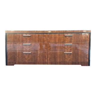 1980s Art Deco Henredon Walnut Dresser With Piano Gloss Finish For Sale
