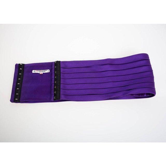 1970s 1970s Yves Saint Laurent Purple Pleated Silk Wide Cummerbund Belt For Sale - Image 5 of 6