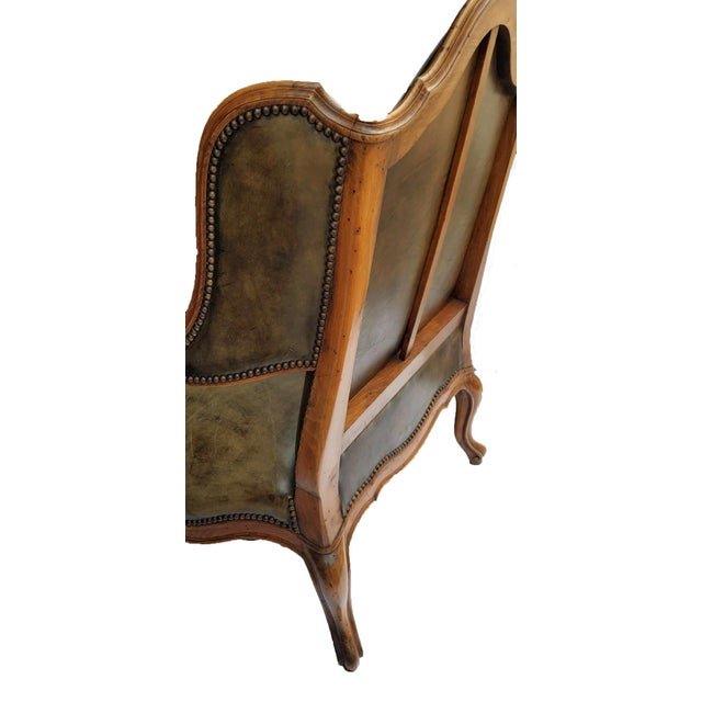 French French Bergere a Les Orvilles in Louis XIV Style For Sale - Image 3 of 7
