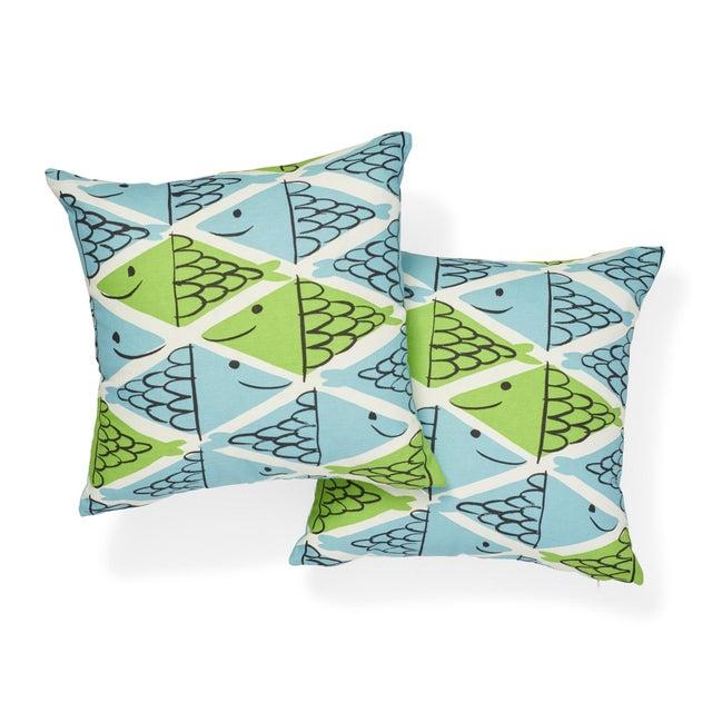 Schumacher Schumacher X Vera Neumann Fish School Pillow in Aqua & Leaf For Sale - Image 4 of 6