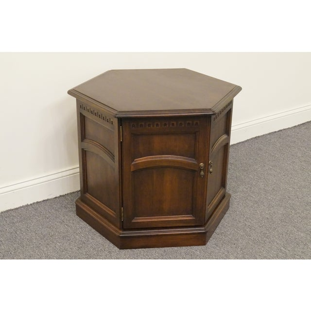 Cherry Wood 20th Century British Colonial Kling Solid Cherry Hexagonal Storage End Table For Sale - Image 7 of 13