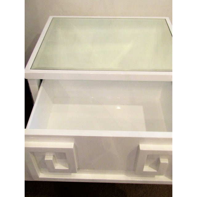 Contemporary White Lacquer Side Table Cabinet For Sale - Image 4 of 5