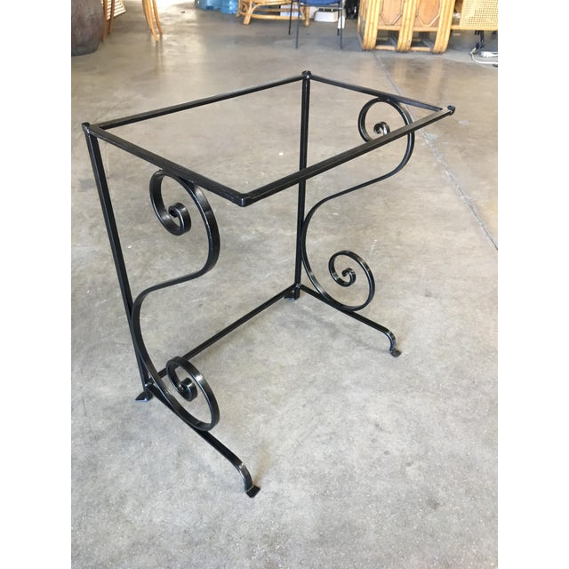 Mid-Century Scrolling Iron Patio Nesting Side Tables W/ Glass Tops - a Pair For Sale - Image 4 of 5
