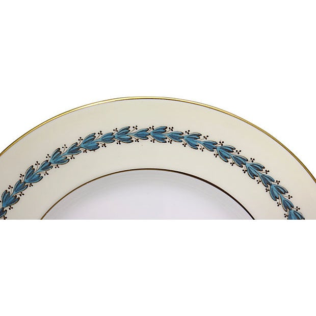Cabin Wedgwood Floral Dinner Plates, S/8 For Sale - Image 3 of 7