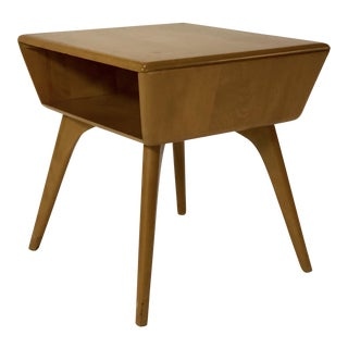 1950s Mid-Century Modern Heywood-Wakefield Walnut End Table For Sale