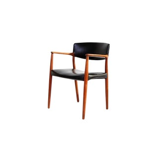 Armchair in Teak and Black Leather by Ejnar Larsen and Aksel Bender Madsen For Sale