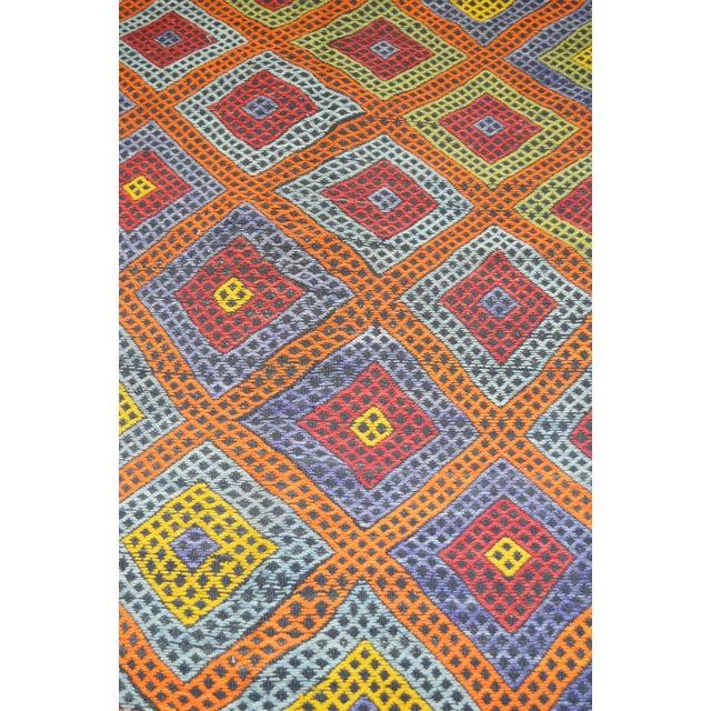 "Shabby Chic Vintage Turkish Anatolian Hand Made Organic Wool Tribal Kilim,5'2""x7'9"" For Sale - Image 3 of 5"
