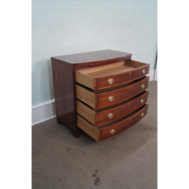 Baker Mahogany Bow Front Banded Bachelors Chest - Image 7 of 10