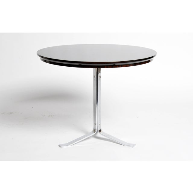 Reflecting an admiration for mass-produced material as well as the luxury of handcrafted items, this gorgeous round table...