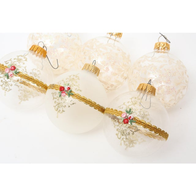 1960s Mid-Century White Christmas Ornaments w/Box - Set of 6 For Sale - Image 4 of 8