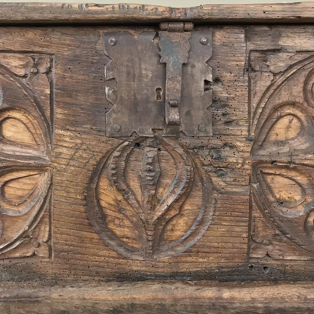 17th Century Spanish Trunk For Sale - Image 9 of 12