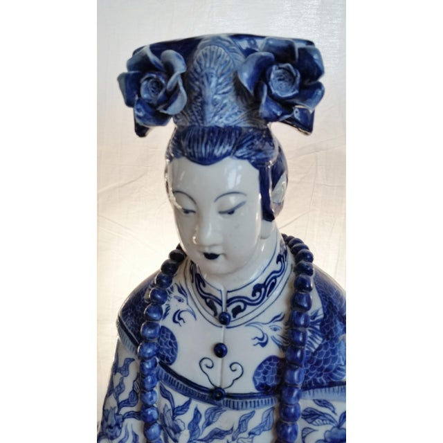 Very Large Scale Chinese Blue & White Figures - Image 4 of 9