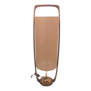 Mid Century Modern Walnut Modeline Table Lamp For Sale
