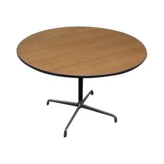 Herman Miller Round Pedestal Dining Table For Sale