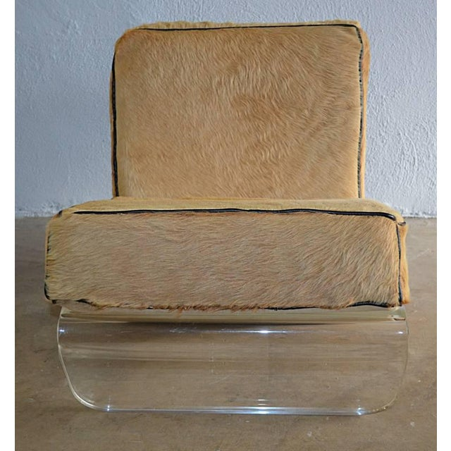 Animal Skin 1970s Mid-Century Modern Tan Cushion Lucite Lounge Chairs - a Pair For Sale - Image 7 of 9