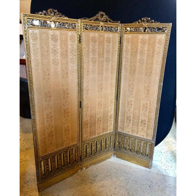 French Louis XVI Style 3-Panel Folding Screen / Room Divider With French Tapestry For Sale - Image 3 of 13