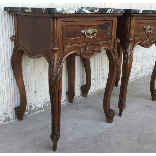 French 19th Century Pair of French Louis XV Carved Nightstands For Sale - Image 3 of 12
