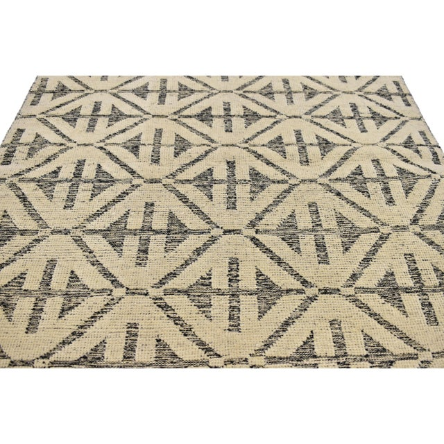 80354 High and Low Texture Rug with Contemporary Modern Style, Geometric Accent Rug. Spike the energy in your space with...