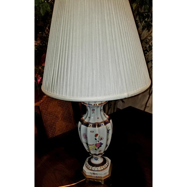 These vintage Frederick Cooper lamps exemplify a soft sophistication, in a classic vein, with Asian flair. Included are...