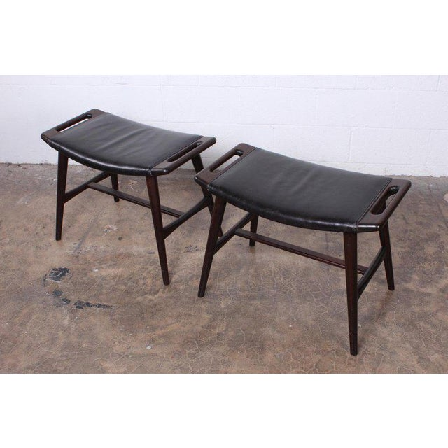 Mid-Century Modern Pair of Ap-30 Piano Stools by Hans Wegner For Sale - Image 3 of 13