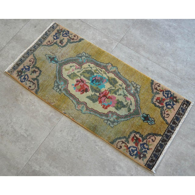 """1970s Low Pile Small Oushak Rug Yastik - 16"""" X 34"""" For Sale - Image 5 of 6"""