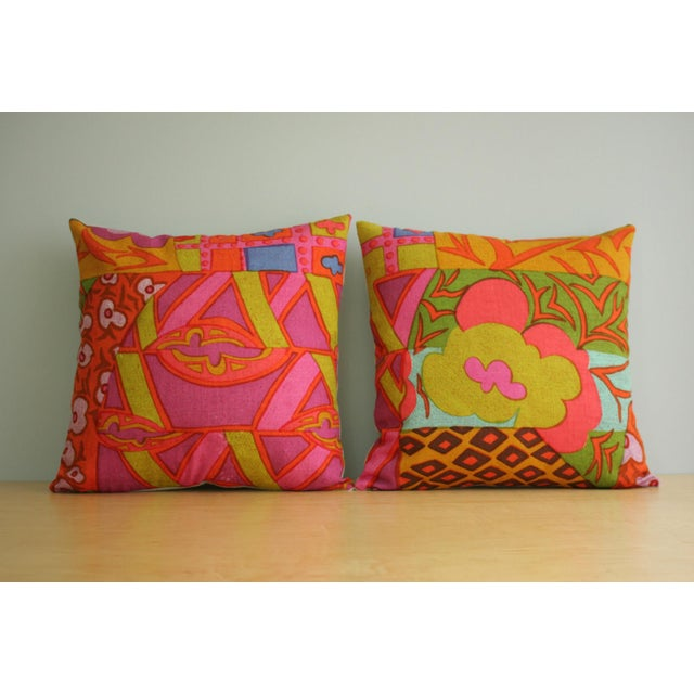 This listing is for pillow in the first photo. The other pillow is available in another Chairish listing. This pillow is...