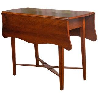 American Mahogany 19th Century Gateleg Table For Sale
