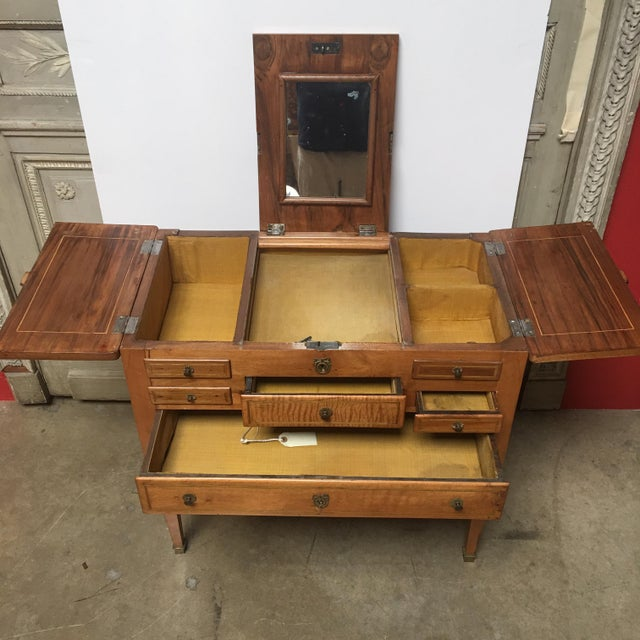 French 18th Century Louis XVI Dressing Table, Coiffeuse For Sale - Image 3 of 13