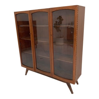 1960s Mid Century Walnut Bookshelf For Sale