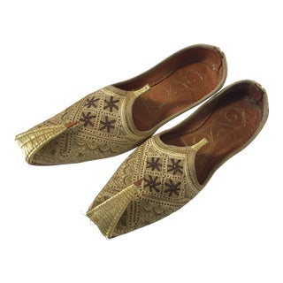 Handcrafted Arabian Embroidered Slippers Shoes For Sale