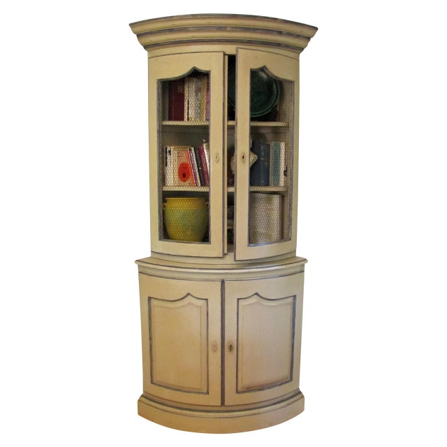French Style Corner Cabinet - Image 1 of 5