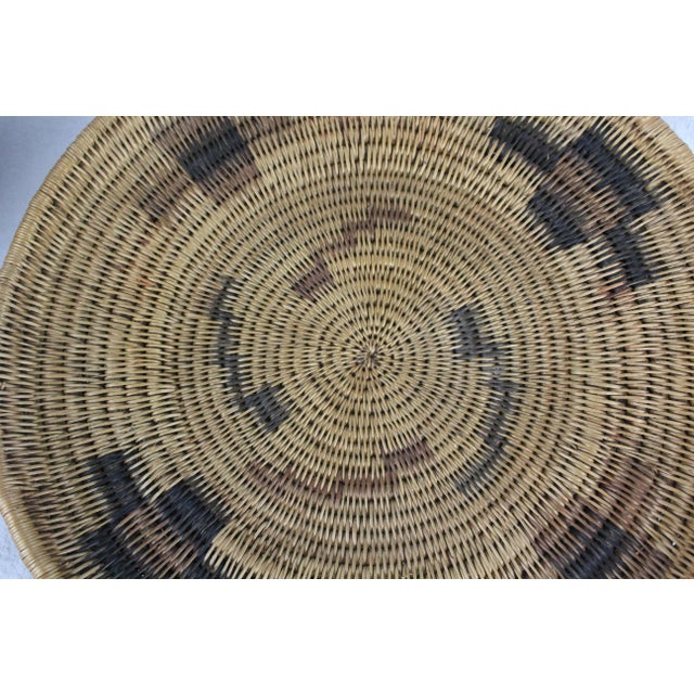 Mid 20th Century Southwestern Tribal Handwoven Handled Platter For Sale - Image 5 of 6