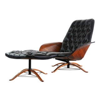 First Edition Mr Chair & Ottoman Designed by George Mulhauser for Plycraft For Sale