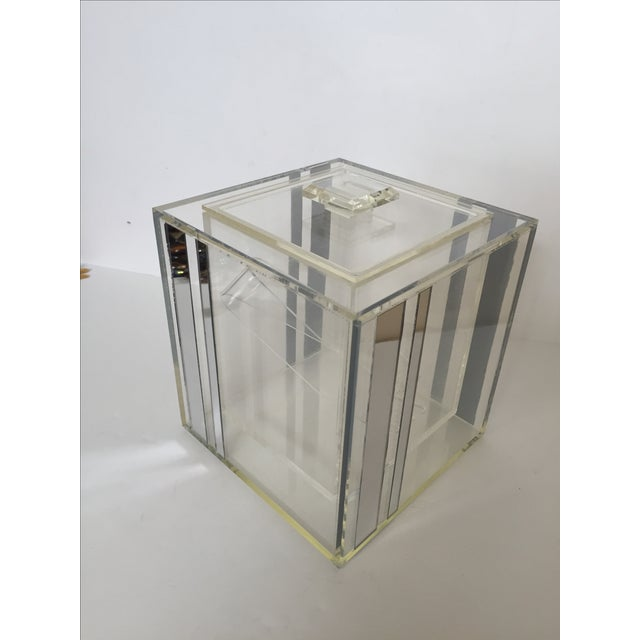Mid-Century Modern Lucite Ice Bucket With Mirrored Accents For Sale - Image 3 of 8