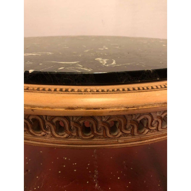 Hollywood Regency Hollywood Regency Round Marble-Top Jansen Style Coffee Table For Sale - Image 3 of 10