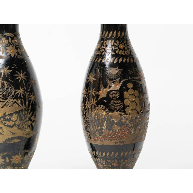 Mid-Century Modern Pair of Brass Etched Asian Motif Table Lamps For Sale - Image 3 of 7