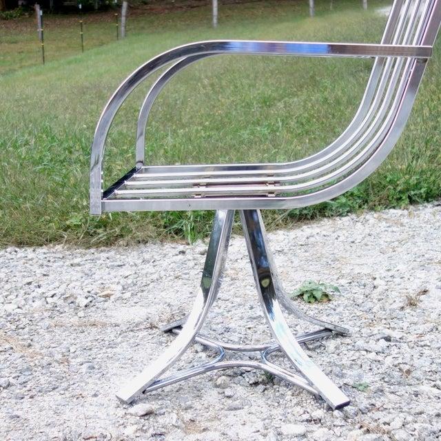 Chrome 1970s Vintage Mid-Century Modern Chrome Swivel Armchair For Sale - Image 7 of 12
