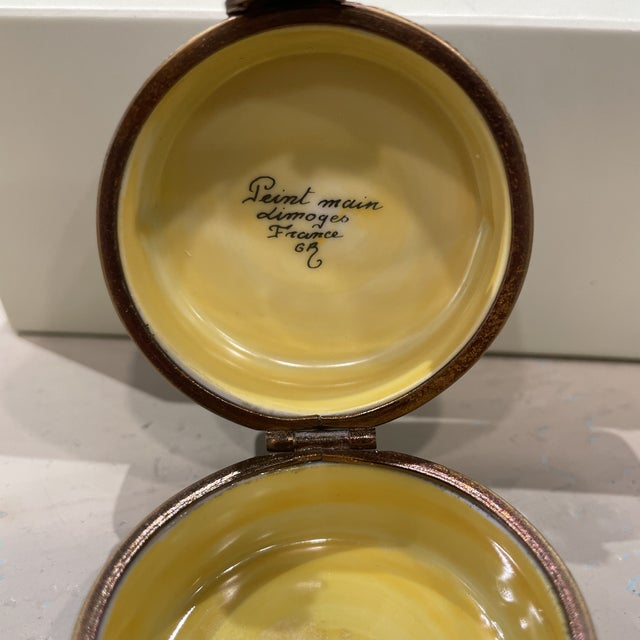 1950s 1950's French Limoges Trinket Box For Sale - Image 5 of 7