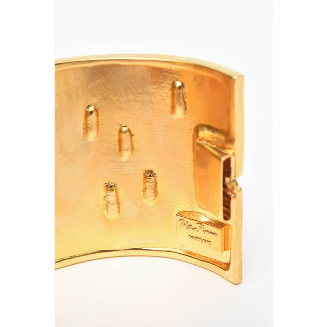 Metal Paloma Picasso Glass and Ribbed Gold Filled Cuff Bracelet For Sale - Image 7 of 9
