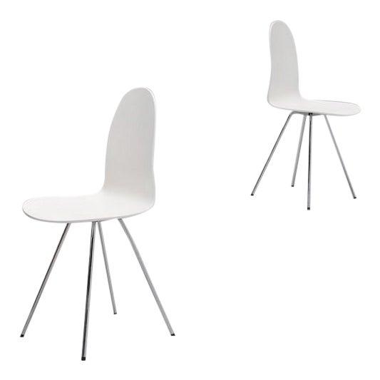 Pair of Arne Jacobsen Tongue chairs Fritz Hansen 1970s - Image 1 of 7