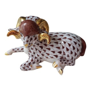 Traditional Herend Hungary Fishnet Ram Figurine For Sale
