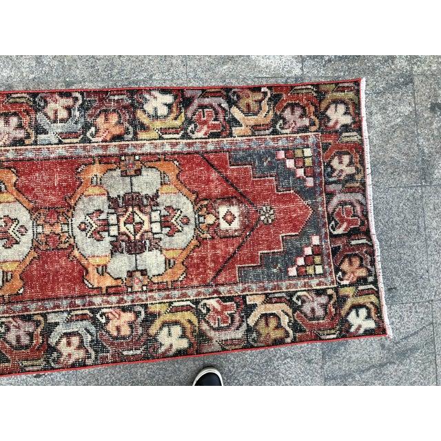 Textile 1960s Vintage Turkish Runner Rug - 2′11″ × 9′8″ For Sale - Image 7 of 10