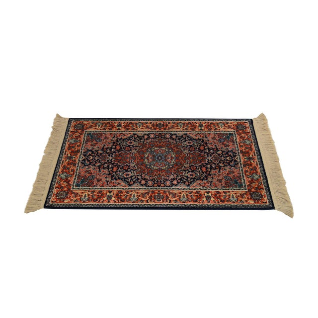 "Karastan Kashan Medallion 2'10"" X 5' Throw Rug #741 For Sale - Image 13 of 13"