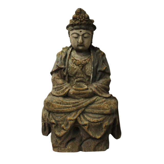 Chinese Rustic Wood Sitting Kwan Yin Statue For Sale
