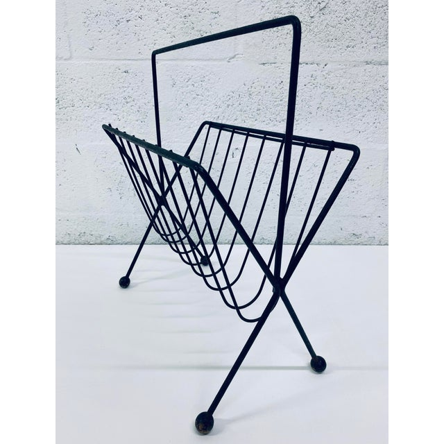 1950s 1950s Vintage Tony Paul Steel Wire Magazine Rack For Sale - Image 5 of 12