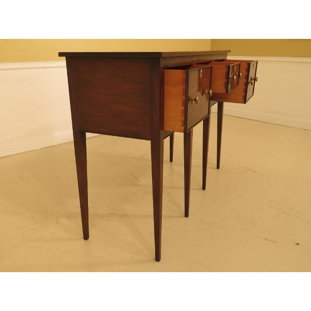 Item: 43905EC: KITTINGER CW-87 Mahogany Colonial Williamsburg Sideboard Age: Approx: 40 Years Old Details: Model CW-87...
