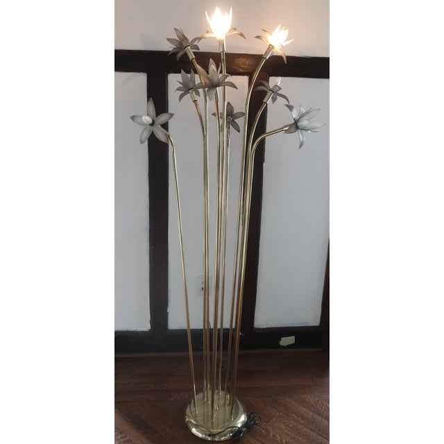 Vintage mid-century modern brass stem Lotus floor lamp with 2 or 3 light levels. Perfect for a living room or study.